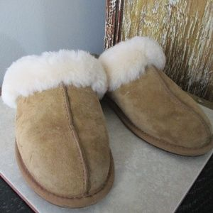 New UGG Scuffette II  (Fawn) fur Slippers Size 7